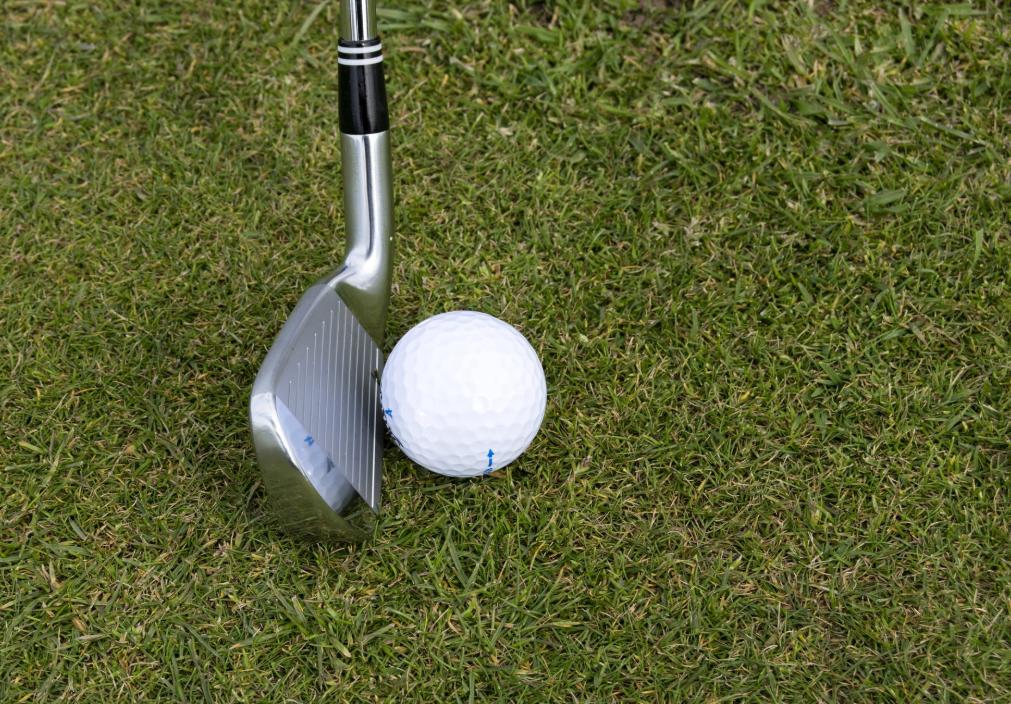 アイアン7番のダフリの原因は?ゴルフ初心者でも出来る改善策を解説!