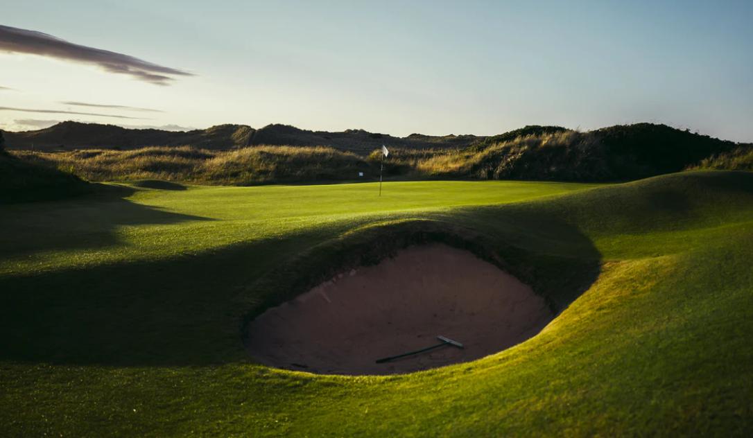 ゴルフ歴15時間の初心者がサンドウェッジを打ったらどうなる?