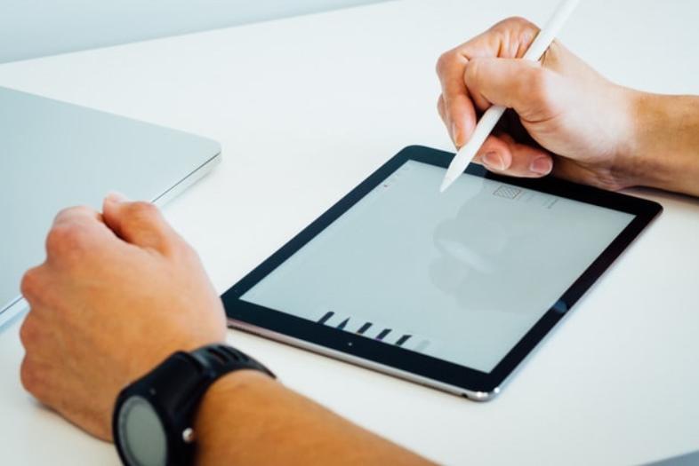 オンライン家庭教師で学ぶ!ipadを使いこなすための5つのテクニックとは?