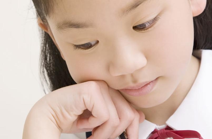 不登校ならではの悩みを解決!オンライン家庭教師で学べば進学できる?